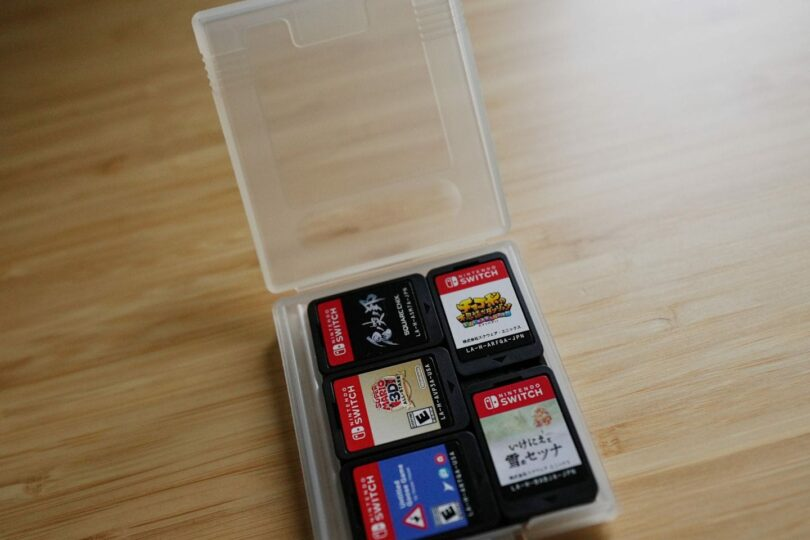 Ten Switch games in a Game Boy clamshell case
